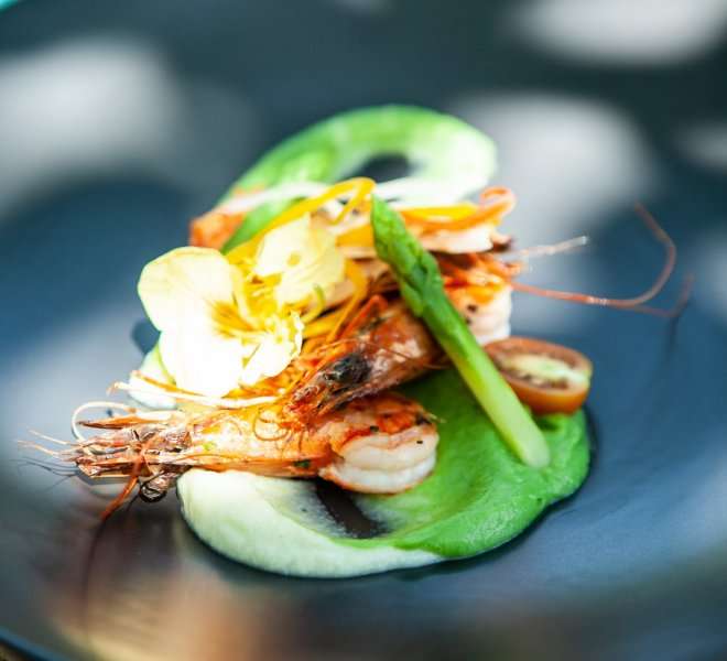 Beautiful plate with shrimps and its vegetables